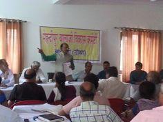 श्री मेहंदीपुर बालाजी विकास समिति के अध्य्क्ष श्री विजय गोयल सांसद के नेतृत्व में दिल्ली से करीब 100 कार्यकर्ताओ ने मेहंदीपुर बालाजी में स्वछता अभियान की शुरुआत की।पूरा क्षेत्र में सफाई की वहाँ के स्थानीय लोगों ने व् श्रद्धालुओ ने प्रशंसा की और साथ में सहयोग किया।श्री विजय गोएलजी ने दौसा व् करौली जिले के अधिकारिओ के साथ विकास समिति बैठक में सभी योजनाओ की जानकारी ली और जल्द से जल्द पूरा करने के आवश्यक https://www.facebook.com/AshokGoelBJP/posts/968622739825591