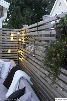 40 simple lighting ideas for beautify your backyard 8 ~ Litledress - Modern Outdoor Garden Lighting, Outdoor Gardens, Outdoor Decor, Landscape Lighting, Outside Living, Outdoor Living, Backyard Patio, Backyard Landscaping, Patio Chico