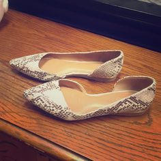 04fa7df26cc Shop Women s ALDO Tan Brown size 7 Flats   Loafers at a discounted price at  Poshmark. Description  Super cute flats only worn once.