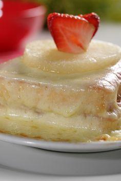 """hoy viernes te invitamos a disfrutar nuestro delicioso """"SANDUCHE HAWAIANO"""" de la @reposteriaastor"""