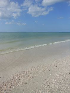 Clearwater realtors help real estate search buyers buying second homes or primary homes in Tarpon Springs, Florida.