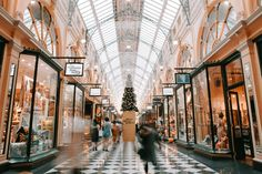 Black Friday and Cyber Monday are just around the corner! Make sure your eCommerce store and marketing channels are prepared for this peak shopping. Konmari, Jimmy Choo, Barcelona, Vintage Design, Christmas Shopping, Christmas Gifts, Holiday Gifts, Cyber Monday, Glasgow