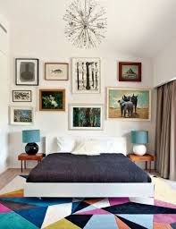 Replace the oddly matched pics with a large graphic or some black framed photos and it'd be perfect. Funky Bedroom, Modern Bedroom Decor, Bedroom Wall, Bedroom Ideas, Mirrored Bedroom, Bedroom Rugs, Bedroom Simple, Bedroom Rustic, Bedroom Images
