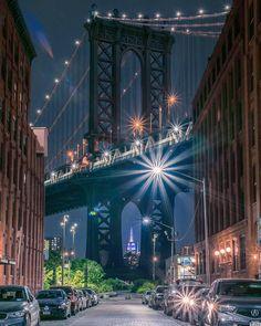 "16.6k Likes, 125 Comments - Elena (@pictures_of_newyork) on Instagram: ""Wonderful shot of Manhattan Bridge by Benny @bennycchan #picturesofnewyork"""