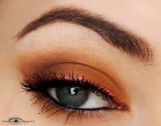 Soft makeup featuring Caramel eyeshadow from Nabla Cosmetics and Glitter red eyeliner from Wjcon. Both Nabla and Wjcon are low cost Italian brands :)