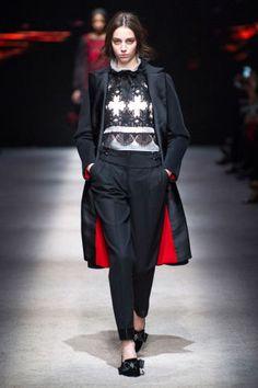 Alberta Ferretti Fall 2015. See the best looks from Milan Fashion Week here: