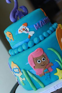 bubble guppies cake. This would be SO CUTE for any child who loves the Bubble Guppies!!!!