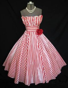 Vintage Red and White Striped Dress Fashion Moda, 1950s Fashion, Look Fashion, Vintage Fashion, Girl Fashion, Vintage Dresses, Vintage Outfits, 1950s Dresses, Vintage Clothing