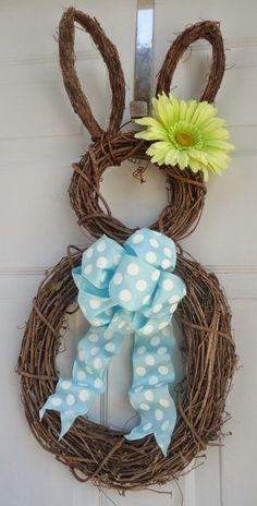 Items similar to PRE-ORDER! Limited Availability - Easter Bunny Wreath - Spring Wreath - Summer Wreath - Easter Door Decoration on Etsy Cute Easter Bunny, Hoppy Easter, Easter Eggs, Easter Food, Easter Table, Easter Party, Spring Crafts, Holiday Crafts, Diy Ostern