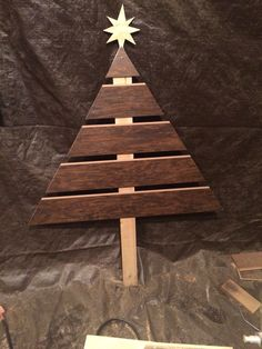 Laminate flooring Christmas Tree - How to put those extra cuts to good use.