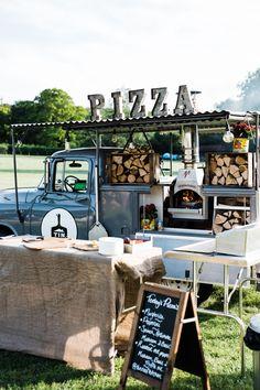 1956 Dodge C series pizza truck Kombi Food Truck, Pizza Food Truck, Food Truck Wedding, Wedding Fun, Food Truck Party, Pizza Wedding, Hy Citroen, Streetfood Festival, Foodtrucks Ideas