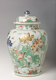 (China) A rare famille verte jar. ca century CE. Porcelain Ceramics, China Porcelain, Ceramic Pottery, Ceramic Art, Pottery Art, Vases, Japanese Porcelain, Chinese Ceramics, China Painting