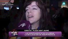 """Testimonios en la Plaza Sant Jaume tras el """"fin de fiesta"""" de la declaración de la Independencia."""