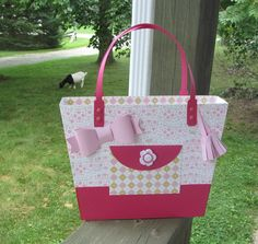 Another great bag made by Beth, this time using the tote from LUXURY HANDBAGS SVG KIT.  The colors and patterns are so charming!  This looks like a real bag!  And hey, do you see the adorable goat in the background!  I love it!!!!