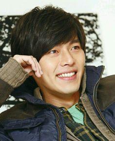 A man who should always smile Korean Drama Stars, Korean Star, Korean Men, Hyun Bin, Asian Actors, Korean Actors, Asian Celebrities, Korean Dramas, Celebs