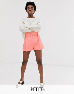 Shop River Island Petite tailored shorts with belt in coral at ASOS. Culotte Shorts, Lace Denim Shorts, Tie Waist Shorts, Striped Shorts, Petite Leggings, Petite Shorts, Shorts Sale, Glitter Leggings, Tie Dye Leggings