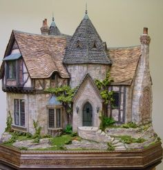 Rik Pierce: Toadwood Vale. I am so in love with that wonderful house!!