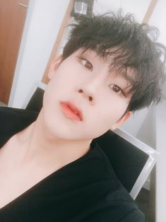 """몬스타엑스_MONSTA X on Twitter: """"[#주헌] i love you all melbourne monbebe  see ya☺️☺️☺️☺️☺️… """""""