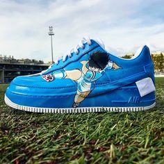 Behind The Scenes By latelierdelabasket Air Force 1, Nike Air Force, Olive Et Tom, Custom Sneakers, Sneakers Nike, Lightning Strikes, Behind The Scenes, Toms, Products