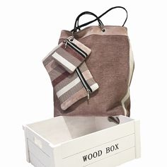 Bolso Shopper con Clutch y monedero Wood Boxes, Madrid, Fashion, Handmade Handbags, Designer Purses, Fabrics, Coin Purse, Moda, Wooden Crates