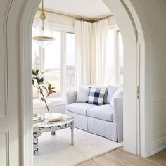 Pocket Doors- i love this idea for the wall between the living room and kitchen. Maybe make the door/frame a little bigger Interior Exterior, Interior Design, Modern Exterior, Interior Doors, Living Room Decor, Living Spaces, Living Rooms, Master Bedroom Interior, Master Room