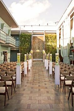 Modern Elegance At The Shade Hotel In Manhattan Beach Gt Http Ceremony Backdropceremony Decorationswedding Venue