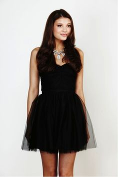 3 dresses that are perfect for new year's eve (that you probably already have in your closet)!