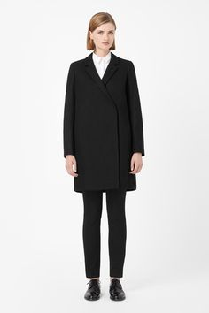Crossover wool coat — COS