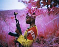 Safe from harm, 2012 © Richard Mosse / Courtesy of the artist and Jack Shainman Gallery, New York - More info on the exhibition in Foam: http://foam.org/visit-foam/calendar/2014-exhibitions/richard-mosse-the-enclave
