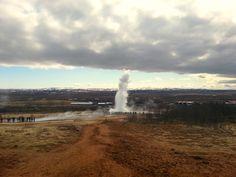 Iceland - Geysir ha appena dato spettacolo come ogni giorno a brevi intervalli | da Lorenzo Sturiale
