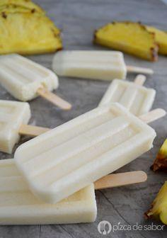 Paletas piña colada sin alcohol y saludable (polos de piña colada) www.pizcadesabor.com