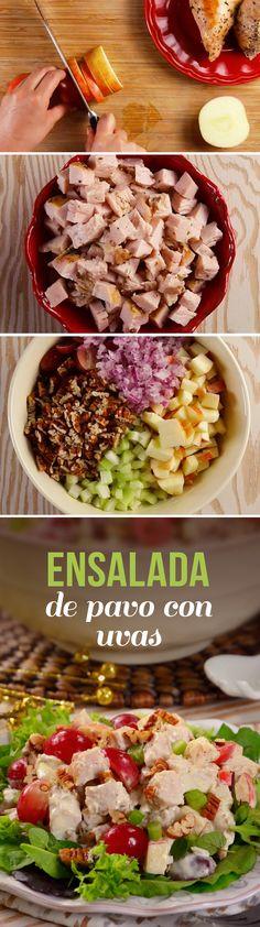 Utiliza el pavo que te sobró en el recalentado para preparar esta ensalada rápida con uvas. ¡Te encantará!