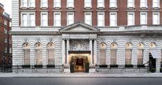 8 Stunning Historic Hotels With Ultramodern Interiors