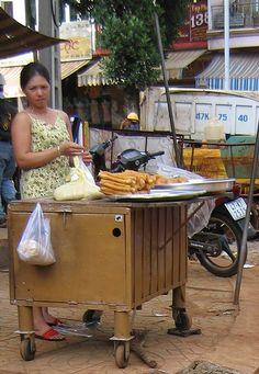 Street vendor, Buôn Ma Thuột, Vietnam
