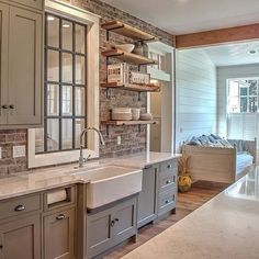 33 Beautiful Farmhouse Kitchen Cabinet Design Ideas If you are looking for Farmhouse Kitchen Cabinet Design Ideas You come to the right place. Below are the Farmhouse Kitchen Cabinet Design Ide. Kitchen Cabinet Design, Brick Kitchen, Kitchen Cabinets, Kitchen Remodel, Modern Kitchen, Kitchen Redo, Home Kitchens, Rustic Kitchen, Kitchen Design