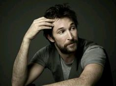Noah Wyle as Professor Tom Mason on Falling Skies, the man who first made me appreciate the scruffy look....
