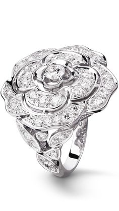6f542fb6580ef CHANEL  Bouton de Camélia ring in 18K white gold and diamonds