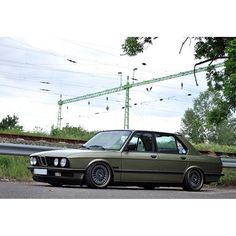 BMW E28 5 series grey