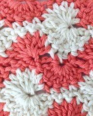 This gorgeous swirly stitch pattern looks like a Catherine Wheel hybrid!