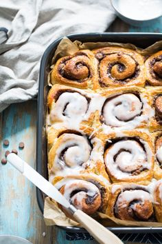 Cinnamon and chocolate rolls with nuts - Ida Gran-Jansen Chocolate Roll, No Bake Desserts, Scones, Cinnamon, Sausage, Biscuits, Rolls, Sweets, Cookies