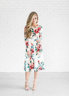 floral spring dress floral dress easter dress shop style fashion blonde hair ootd womens style womens fashion blonde hair lace up heels Modest Dresses, Modest Outfits, Modest Fashion, Pretty Dresses, Fashion Dresses, Cute Outfits, Fall Outfits, Summer Outfits, Vestidos Fashion