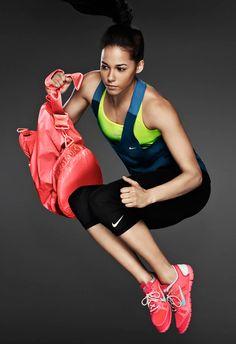 Train gracefully. #nike #sportsbra #leggings #tights #capri #shoes #bag #nikefree