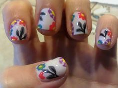 Pretty Flower Nails - Perfect for Spring