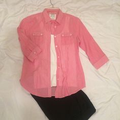 AEO favorite shirt Sheer, fitted pink & white button up with curved hemline. 3/4 length sleeve, can button up rolled sleeves. Two front flap pockets. American Eagle Outfitters Tops Button Down Shirts
