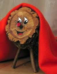 Discover Tió de Nadal in Barcelona, Spain: Catalonia Tradition: Beating the hollow Christmas log until it defecates in your fireplace. Winter Holidays, Christmas Holidays, Christmas Decorations, Happy Holidays, Tio Nadal, Christmas Log, Spanish Christmas, Christmas Cheese, Christmas Projects