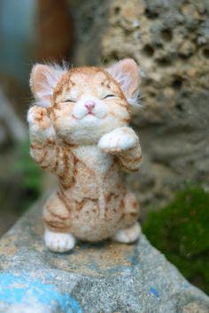 Needle felted kitten Pudding by mishmashim on Etsy, $100.00