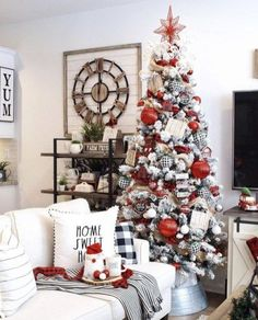Christmas Tree Decoration Ideas White Christmas Tree Christmas Tree Themes & weihnachtsbaum dekoration ideen white christmas tree weihnachtsbaum themen & & Decoracin christmas - Wishes christmas - Morning christmas Christmas Tree Inspiration, Christmas Tree Themes, Noel Christmas, Xmas Decorations, Winter Christmas, Flocked Christmas Trees Decorated, Elegant Christmas, Christmas Tree With White Decorations, Beautiful Christmas