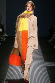 http://www.style.com/slideshows/fashion-shows/fall-2015-ready-to-wear/msgm/collection/16