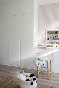 Kids Bedroom Decor, Dream Dressing Room, Made To Measure Furniture, Bedroom Decor, Bedroom Cupboard Designs, Cupboard Design, Bedroom Cupboards, Hallway Designs, Home Decor