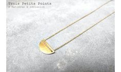 Trois Petits Points collier Mini-Moon #troispetitspoints #necklace #moon #goldplated